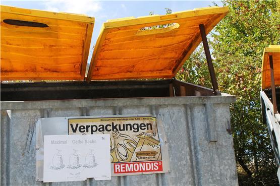 kleinigkeiten wie gelbe s cke sind im horber recyclingcenter oft anlass zum streit. Black Bedroom Furniture Sets. Home Design Ideas